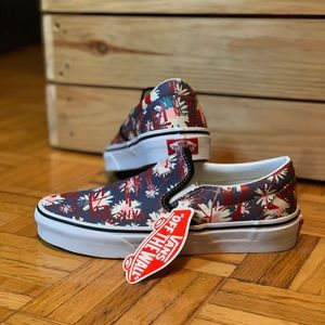 NWT VANS Floral Graphic Text Slip On Shoes